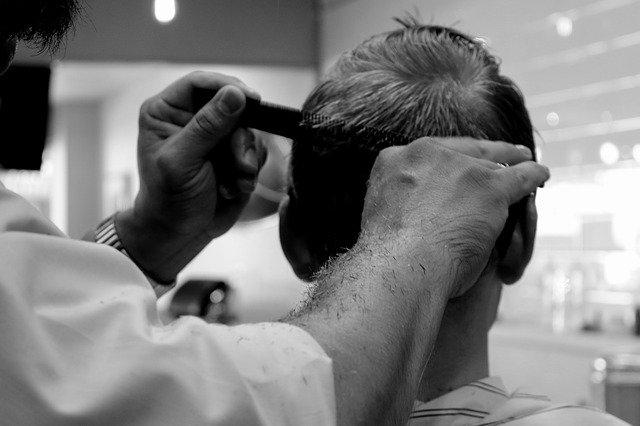 práce holiče