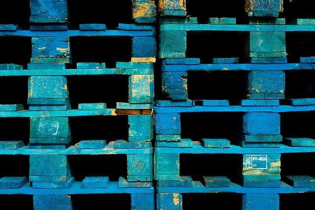 modré palety