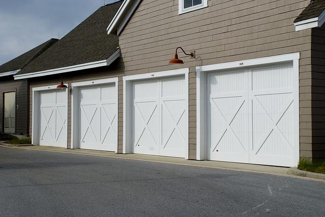 čtvery garážová vrata