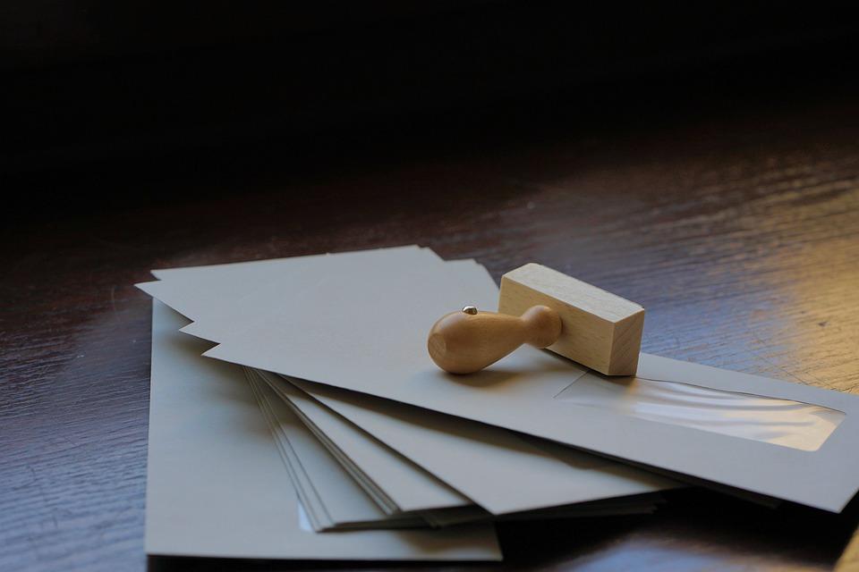 obálky s razítkem